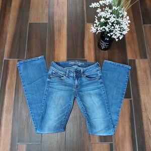 EUC AE Kick Boot Super Stretch Jeans